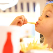 31 Restaurant Chains Where Kids Can Eat for Free