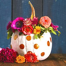 7 Fun and Simple Halloween Decorations to Do with the Kids