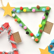 10 Christmas Tree Ornaments You Can Make With the Kids