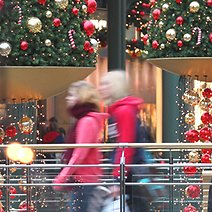 List of Stores That are Open on Christmas Eve and Day