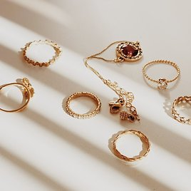 Up to 70% Off Jewelry + Extra 25-30% Off