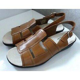 NWOT Womens HOTTER Brown Leather CANDICE Buckle Sandals. Size 75.5 (38.5)