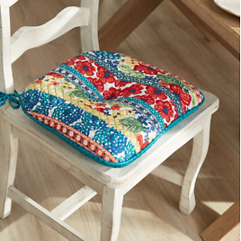"""16"""" X 17"""" Dazzling Dahlias Quilted Chair Pad"""