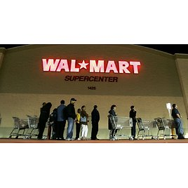 Walmart Plans to Close Stores On Thanksgiving