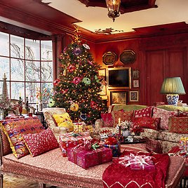 'Get Ready to Deck Your Halls' Savings Event w/ Extra 20% Off