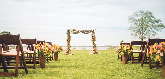 13 Tips for Getting the Wedding Venue of Your Dreams on a Budget